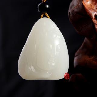 新疆和田玉白皮羊脂白玉籽玉(独籽)观音
