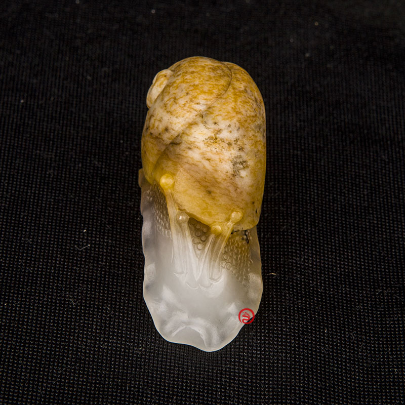 新疆和田玉羊脂白玉籽玉挂件 蜗牛 32克