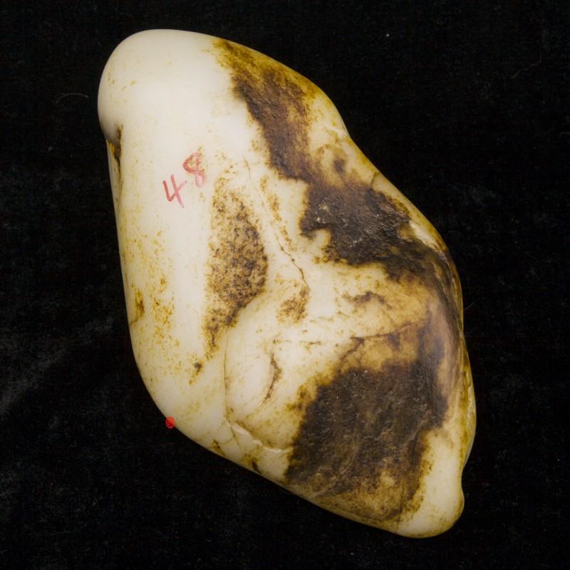 新疆和田玉黑皮羊脂白玉籽玉原石  1957克