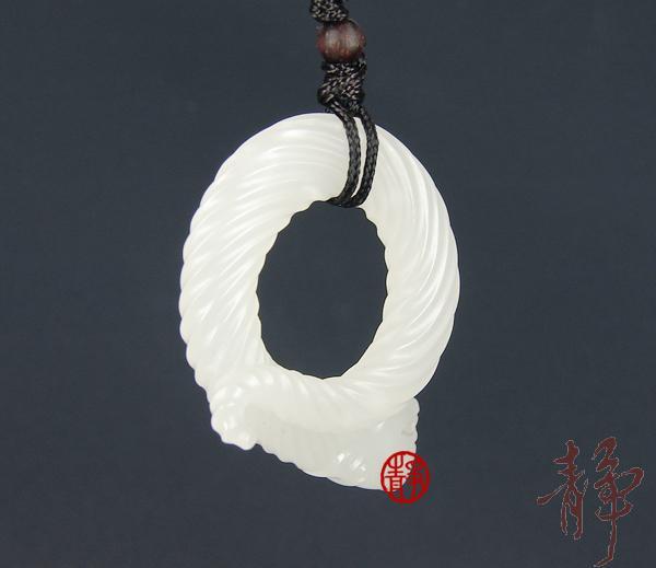 【琢艺轩】新疆和田玉羊脂白玉籽玉挂件   龙环  11克